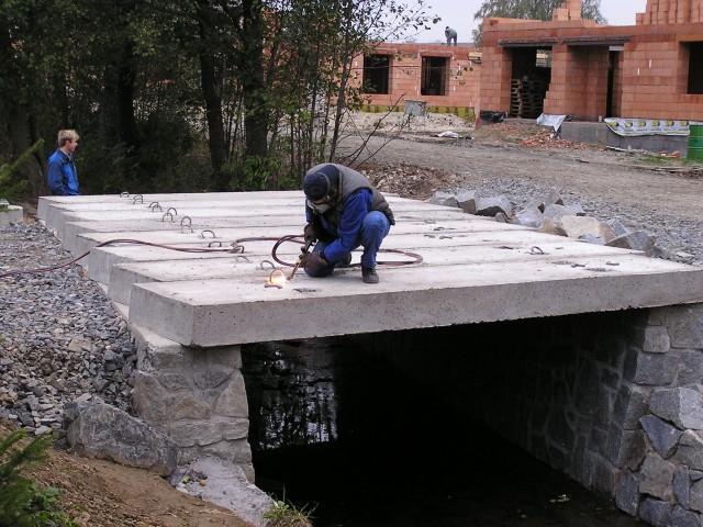 vystavba-mostu-pro-mistni-komunikaci-ve-zdirci-nad-doubravou-05.jpg