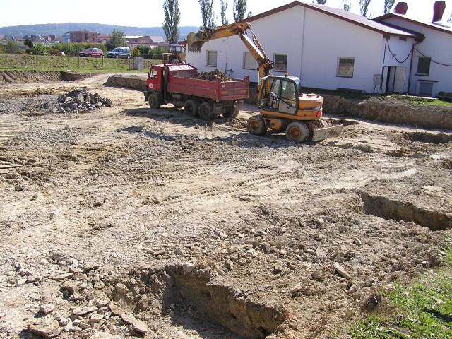zakladani-staveb-hala-zdirec-04.jpg